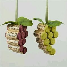 35 Magnificently Beautiful Smart DIY Cork Crafts For Your In.- 35 Magnificently Beautiful Smart DIY Cork Crafts For Your Interior Decor ikeadec… 35 Magnificently Beautiful Smart DIY Cork Crafts For Your Interior Decor ikeadecoration - Wine Craft, Wine Cork Crafts, Wine Bottle Crafts, Wine Bottles, Crafts With Corks, Soda Bottles, Christmas Wine, Christmas Tree Ornaments, Ornaments Ideas