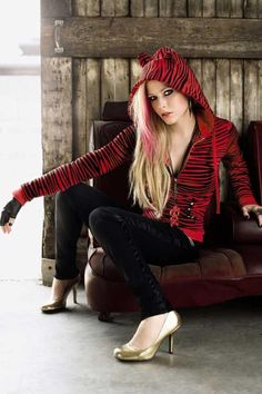 My clothing line choice of the week is Abbey Dawn by Avril Lavigne! Abbey Dawn was named after Avril's childhood nickname. The collection fe...