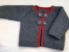 """Hoy te enseño esta chaquetita austrica para bebé. La he tejido a partir de ESTE PATRÓN.Solamente he hecho una modificación, al principio, donde dice """" tejer 6 pasadas de punto bobo"""", he hecho solament Baby Cardigan Knitting Pattern, Easy Knitting Patterns, Knitting For Kids, Baby Blanket Crochet, Baby Knitting, Crochet Baby, Baby Girl Sweaters, Baby Pullover, Baby Dress Patterns"""