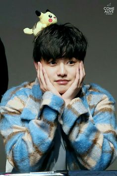 This pic kills me sooooo much he is soo cute! Shin Cross Gene, Shin Won Ho Cute, Lee Hee Joon, Jun Matsumoto, Legend Of Blue Sea, Hong Ki, Tae Oh, Park Hyung, Song Joong