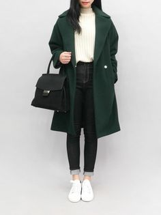 100soul // green coat https://womenfashionparadise.com/