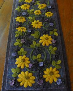 Primitive hand dyed felted wool applique by HorseAndBuggyCountry