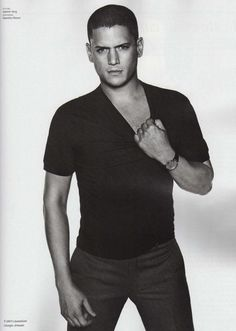 I could totally hang out with Wentworth Miller...because .... well....because he looks like THAT.