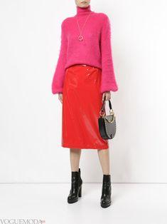 Красная юбка: с чем носить? Советы по выбору. Фото - https://voguemoda.ru/krasnaya-yubka-s-chem-nosit-foto