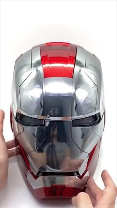 Cool Gadgets To Buy, Gadgets And Gizmos, New Gadgets, Iron Man Helmet, Iron Man Armor, Armadura Cosplay, Wanda Marvel, Iron Man Avengers, Little Presents