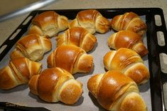 Hot Dog Buns, Hot Dogs, Croissant, Pretzel Bites, Nutella, Sweets, Bread, Cooking, Desserts