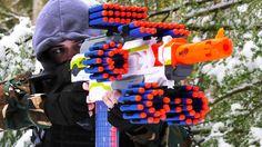 Arma Nerf, Pistola Nerf, Nerf Gun Storage, Minecraft Bedroom Decor, Cool Nerf Guns, Nerf Darts, Nerf Toys, Lego Craft, Dude Perfect