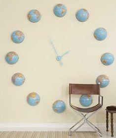 20 Ideas DIY para crear relojes de pared con objetos reciclados.