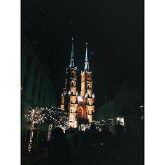 Wrocław de noche | Quien un tigre fue, y no rugió, pues no vivió. ~ Quien humano fue, y no besó, pues no vivió. 🎧 | Cathedral of St. John the Baptism | Wrocław, Polska 🇵🇱