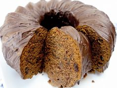 Mar 17 2020 - Recipe for the Nuremberg spice cake from the Gugelhupf - Nuremberg spice cake from the Gugelhupf - . Fall Camping Food, Camping Desserts, Camping Hacks, Baking Muffins, Baking Cupcakes, Fall Baking, Holiday Baking, Grilling Recipes, Cooking Recipes