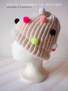 Pompon Cap | handmade by AtelierBraakmansVanBeuningen door LarsiaBraakman op Etsy https://www.etsy.com/nl/listing/496487396/pompon-cap-handmade-by