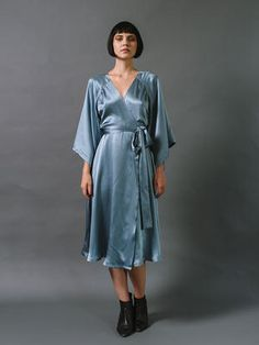 Trina Dress Victory Patterns: This is a wrap dress pattern but I think it would make a lovely dressing gown pattern