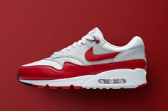 premium selection db3f4 10391 The Air Max 90 1 Is Nike s Latest Hybrid Model