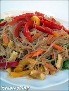 Bell Peppers and Rice Noodles Salad