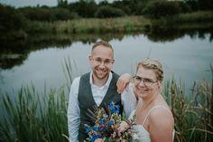 De buiten bruiloft in Friesland van Henk-Jan en Nicky » Nickie Fotografie Couple Photos, World, Couples, Lisa, Top, Patterns, Bebe, Couple Pics, The World