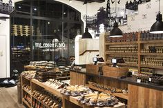 Old Amsterdam Cheese flagship store by studiomfd, Amsterdam food