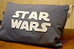 Make your Star Wars pillow, nice tute.