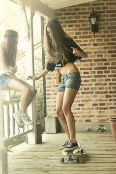 Girls Longboard (Pollo Olivera) #SeaSkateSurf