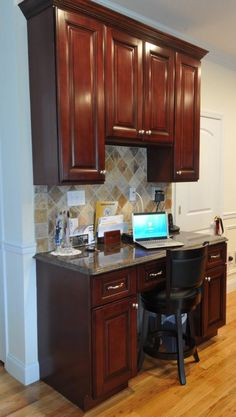 kitchen desk - I'm not in love with this one in particular, pinning ...