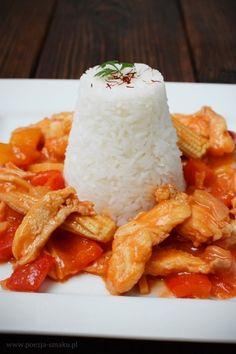 Kurczak słodko-kwaśny rodem z popularnego Chińczyka, czyli baru wietnamskiego. Oczywiście w wersji domowej - bez glutaminianu sodu i innych dodatków. Lunches And Dinners, Feta, Dinner Recipes, Cheese, Supper Recipes