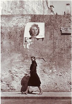 """""""Sofia Loren em Portugal"""", Póvoa do Varzim, 1956 - fotografia de Agnes Varda;"""