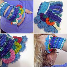 Beaded Crochet Bracelet Turquoise Blue and Emerald by SESIMTAKI