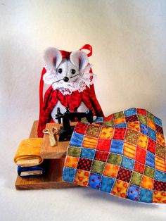 Felt Mouse at the Sewing Machine Large Table by atticmouse on Etsy, $15.00