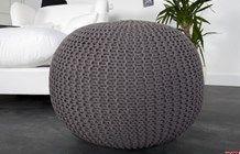 Siedzisko stołek pufa Knit szara 50 cm z dzianiny - zdjęcie od h-design.pl HOME DESIGN tylko dizajnerskie produkty i inspiracje