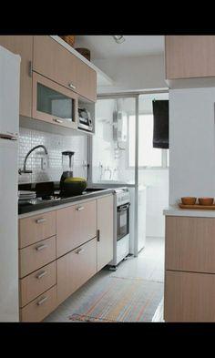 Cozinha. Armário planejado