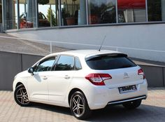 Citroen C4 hatchback VTi Seduction, Samochód używany z gwarancją, auto z salonu, Peugeot Używany Gwarantowany - Szczegóły ogłoszenia () Peugeot, Cars, Vehicles, Autos, Automobile, Car, Vehicle