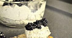 χαβιαροσαλάτα σμυρνέικη σε πιέτες σφολιάτας - Pandespani.com Blackberry, Food Ideas, Sugar, Fruit, Step By Step, Blackberries, Rich Brunette