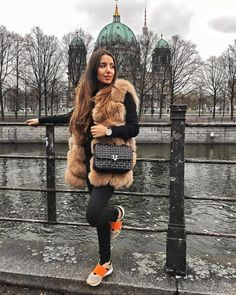 #fashionbloggers #bloggerstyle #americanstyle #ootdmagazine #classyandfashionable #aboutalook #ootdwatch #styleinfluencer #outfitinspo #ootdfashion #livelovebeauty #wearitloveit #berlin #germany