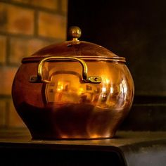 Have small pot only. No lid. Copper Pot