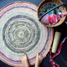 DIY crochet coil rug mypoppet.com.au