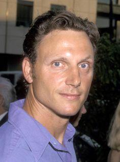 tony goldwyn sexy | Tony Goldwyn with his blue eyes and his curls its too much
