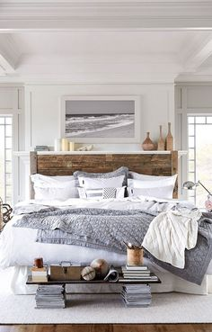 45 Inspiring Modern Farmhouse Bedroom Decor Ideas - Decorating your bedroom with white bedroom furniture has so many benefits that I don't see why anyone wouldn't, at the least consider, using this furn. Modern Farmhouse Bedroom, Comfy Bedroom, Farmhouse Master Bedroom, Master Bedroom Design, Home Decor Bedroom, Bedroom Ideas, Farmhouse Style, Rustic Farmhouse, Bedroom Designs
