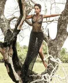 Micaela Oliveira Bathing Suit Bottoms, Bathing Suits, Glamour Fashion, Workout Shorts, Picture Show, Dress To Impress, Ideias Fashion, Sequin Skirt, Fashion Photography