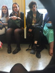 When your on the bus and Matty Healy's sitting across from you so you gotta try and be sneaky and take a pic.