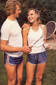 Sal & Susie thought that matching outfits would help their tennis game.