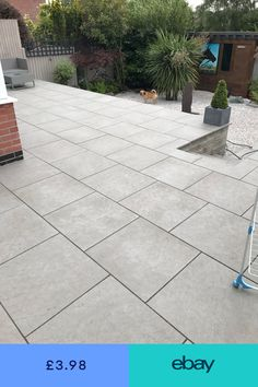 Grey patio slabs outdoor spaces ideas for 2019 Garden Slabs, Patio Slabs, Patio Tiles, Garden Floor, Outdoor Tiles, Patio Blocks, Outdoor Paving, Outdoor Spaces, Concrete Backyard