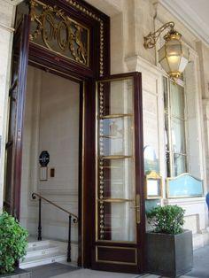 Le Meurice Hotel in Paris, France http://www.dorchestercollection.com/en/paris/le-meurice