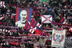 Bologna FC Photos Photos - ACF Fiorentina v Bologna FC - Serie A ...