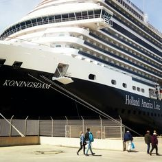 in port!🚢 Passengers who travel with cruise tell us about the high quality of services that they joy from this company. 👍 🌟If you are seeking the same quality of services in a guided tour, just contact us! Olympia Greece, Holland America Line, Boat Tours, Vacation Travel, Sydney Harbour Bridge, Tour Guide, Cruise, Joy, Clouds