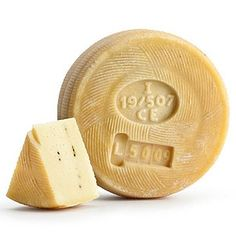 Canestrato siciliano ♡ fromage ♡ cheese ♡ Käse ♡ formatge ♡ 奶酪 ♡ 치즈 ♡ ost ♡ queso ♡ τυρί ♡ formaggio ♡ チーズ ♡ kaas ♡ ser ♡ queijo ♡ сыр ♡ sýr ♡ קעז