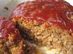 Meatloaf has a bad reputation - stodgy, fatty, boring. Make healthy meatloaf that zings and excites your taste buds with these tasty recipes, tips. Healthy Meatloaf, Best Meatloaf, Meatloaf Recipes, Pork Recipes, Cooking Recipes, Homemade Meatloaf, Hamburger Recipes, Yummy Recipes, Recipies