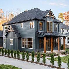 Black House Exterior, Exterior Paint Colors For House, Cottage Exterior, Modern Farmhouse Exterior, Farmhouse Design, Rustic Farmhouse, Farmhouse Style, Metal Building Homes, Building A House