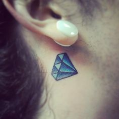 Dimonds Tattoo : A small feminine tattoo of a blue diamond, inked on the skin behind the ear. - Buy Me Diamond Small Diamond Tattoo, Diamond Tattoos, Large Tattoos, Trendy Tattoos, Tattoo Small, Small Feminine Tattoos, Cream For Oily Skin, Blue Tattoo, Elephant Tattoos