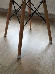 Tossut tuoliin, kun tarrahuovat ei pysyny