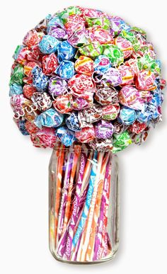 And don't forget your sweet teachers gifts like this Dum Dum and Pixy Stix bouquet! Candy Arrangements, Candy Centerpieces, Lollipop Centerpiece, Wedding Centerpieces, Craft Gifts, Diy Gifts, Candy Boquets, Gift Bouquet, Lollipop Bouquet
