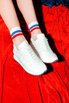 Run with the cool kids in this sporty Let's Dance sneaker. A sleekly styled classic, these women's runners are born to dance! Featuring Minna Parikka's trademark bunnies in logo form.